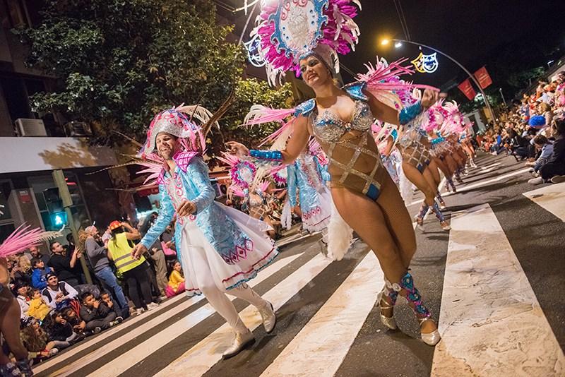 Santa Cruz Carnival Announcing Parade